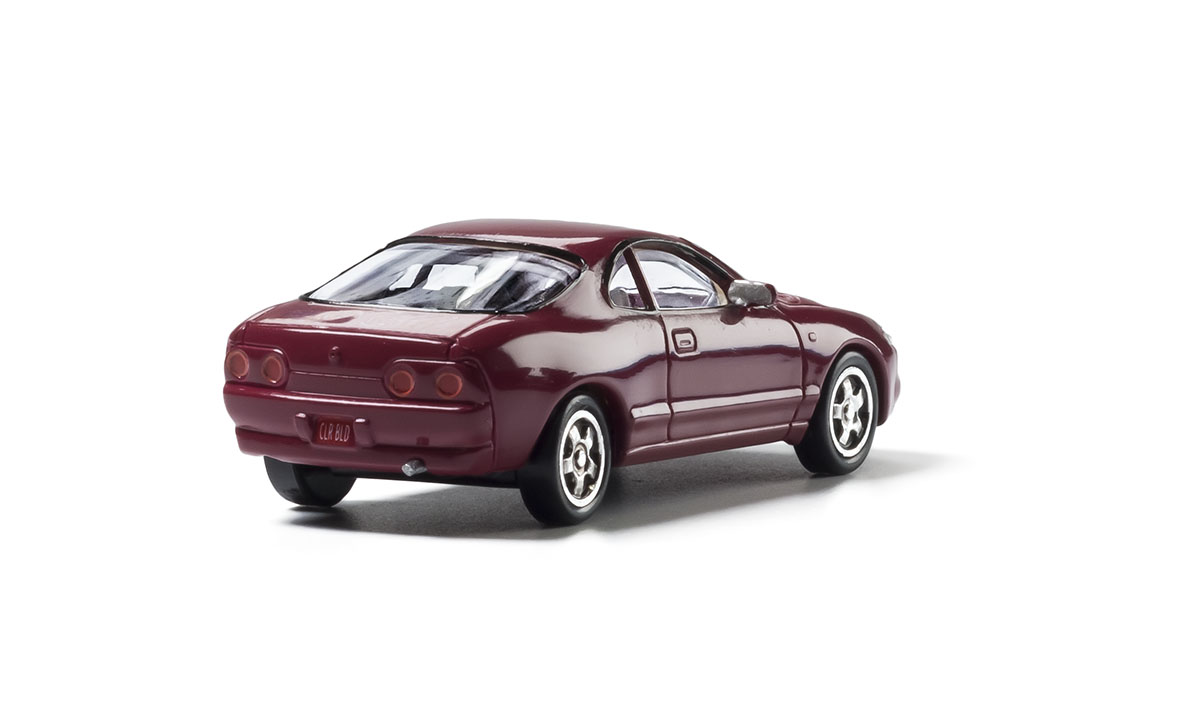 Maroon Coupe - HO Scale