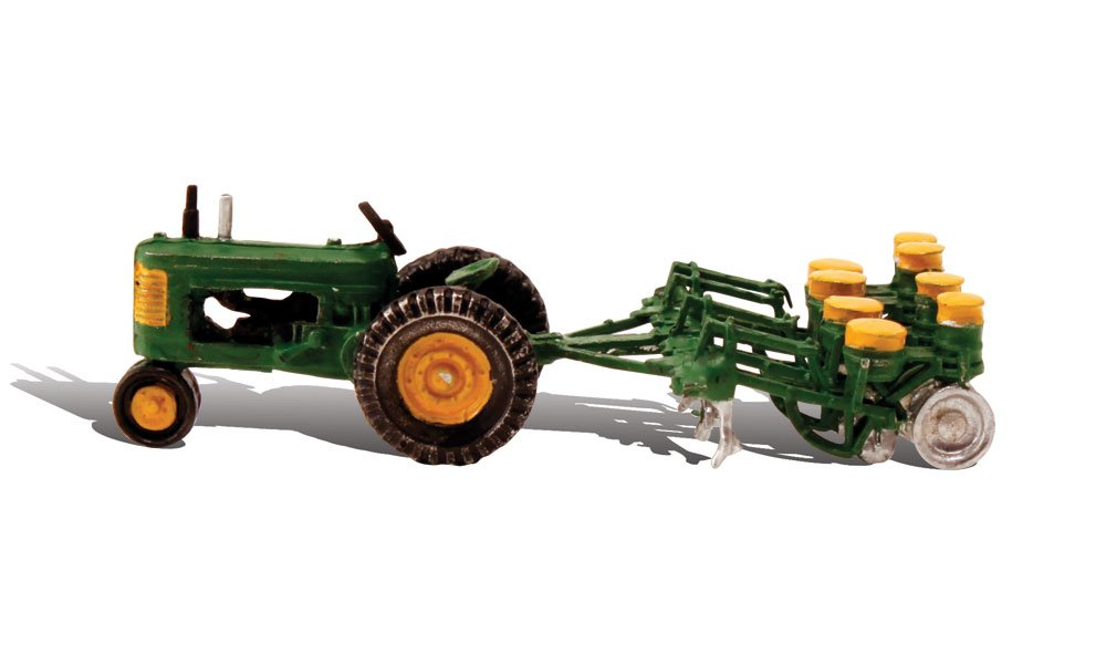 Tractor & Planter - HO Scale