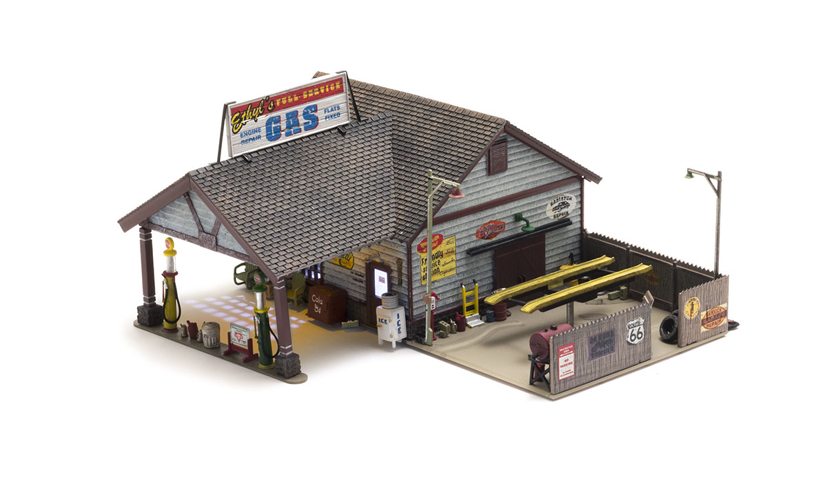 Ethyl's Gas & Service - N Scale