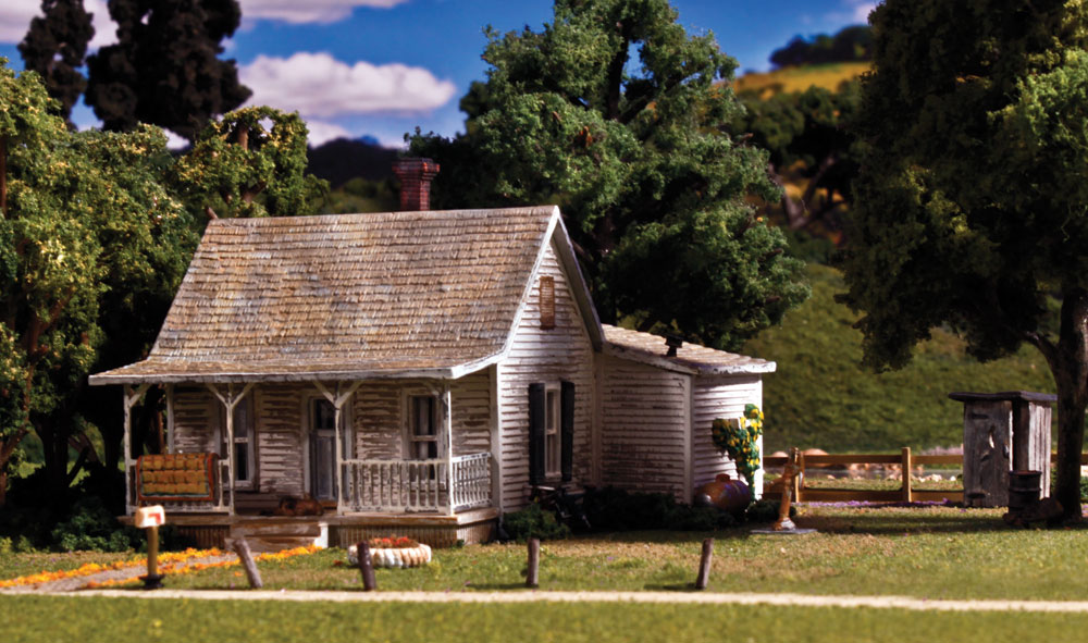 Old Homestead - HO Scale