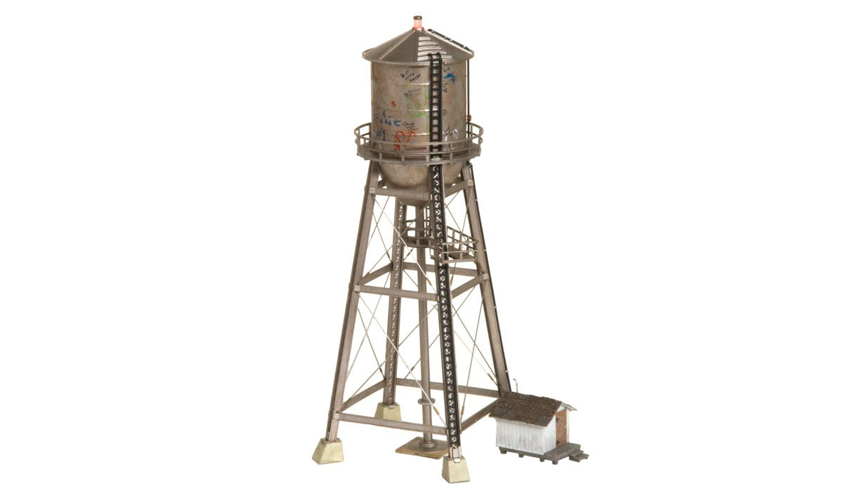 Rustic Water Tower - HO Scale