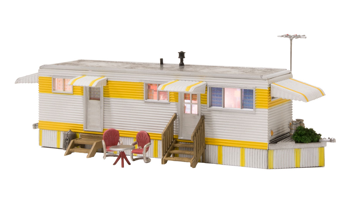 WOOBR5863 Woodland Scenics Co O Built-Up Sunny Days Trailer