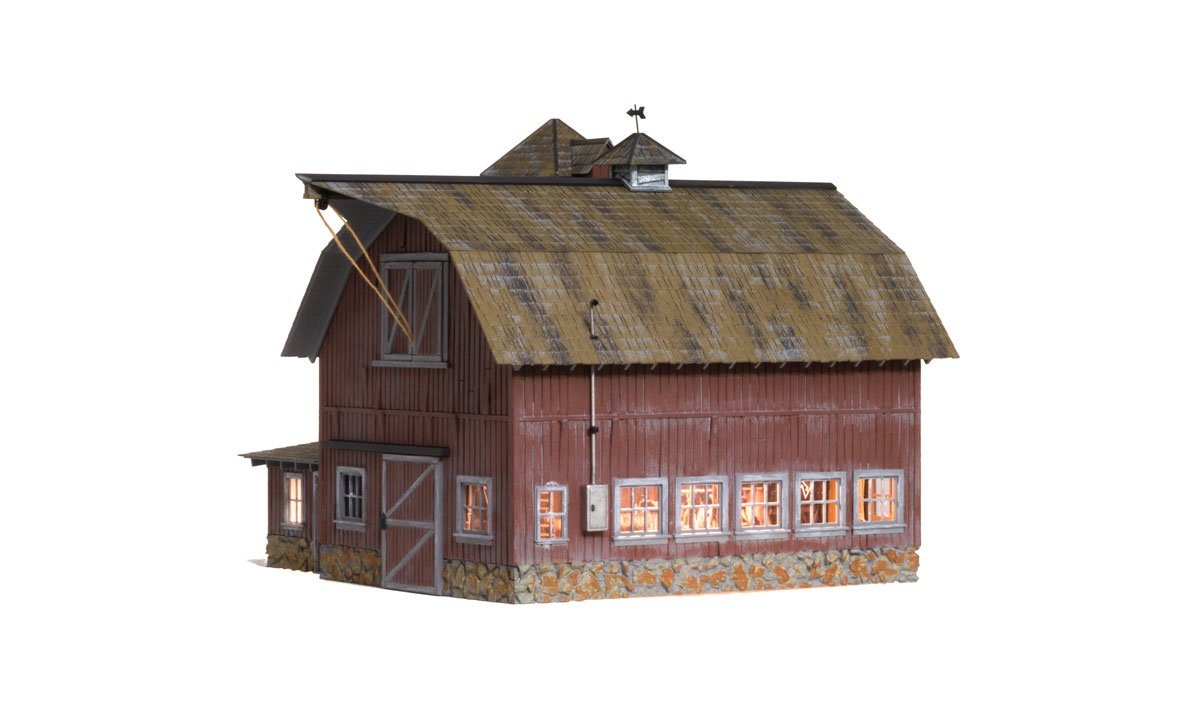 Old Weathered Barn - O Scale