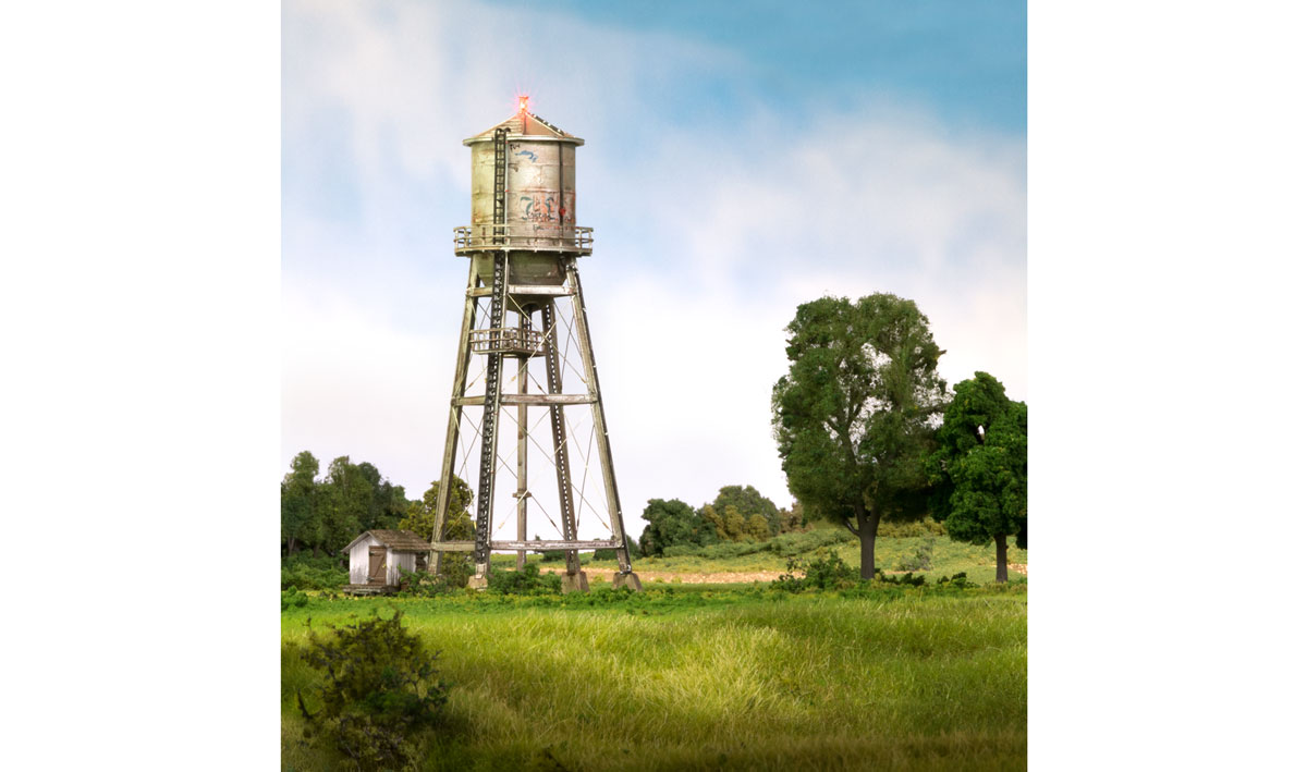 Rustic Water Tower - O Scale
