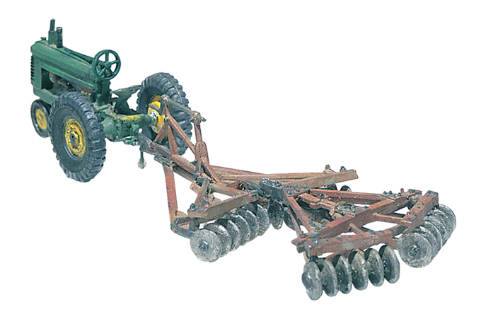 Disc & Tractor (1938-1946) HO Scale Kit
