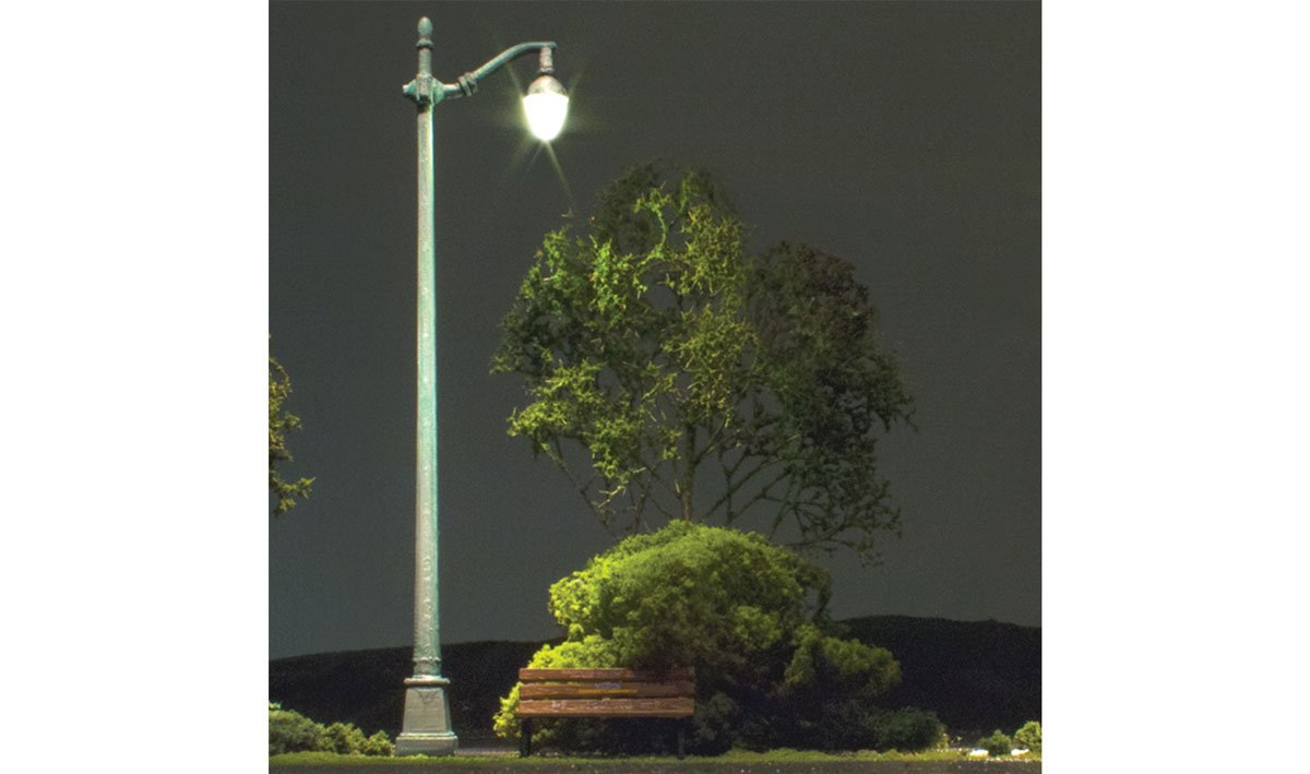 Arched Cast Iron Street Lights - HO Scale