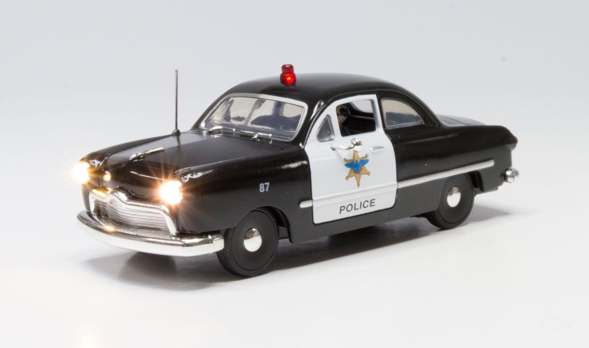 Woodland JP5973 O Just Plug Police Car WOOJP5973